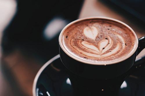 como aguantar sin café